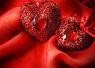 Изображение красных сердец