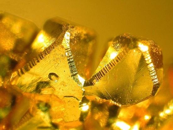 Золотой кристалл